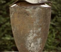 Foto uit de serie urnen.